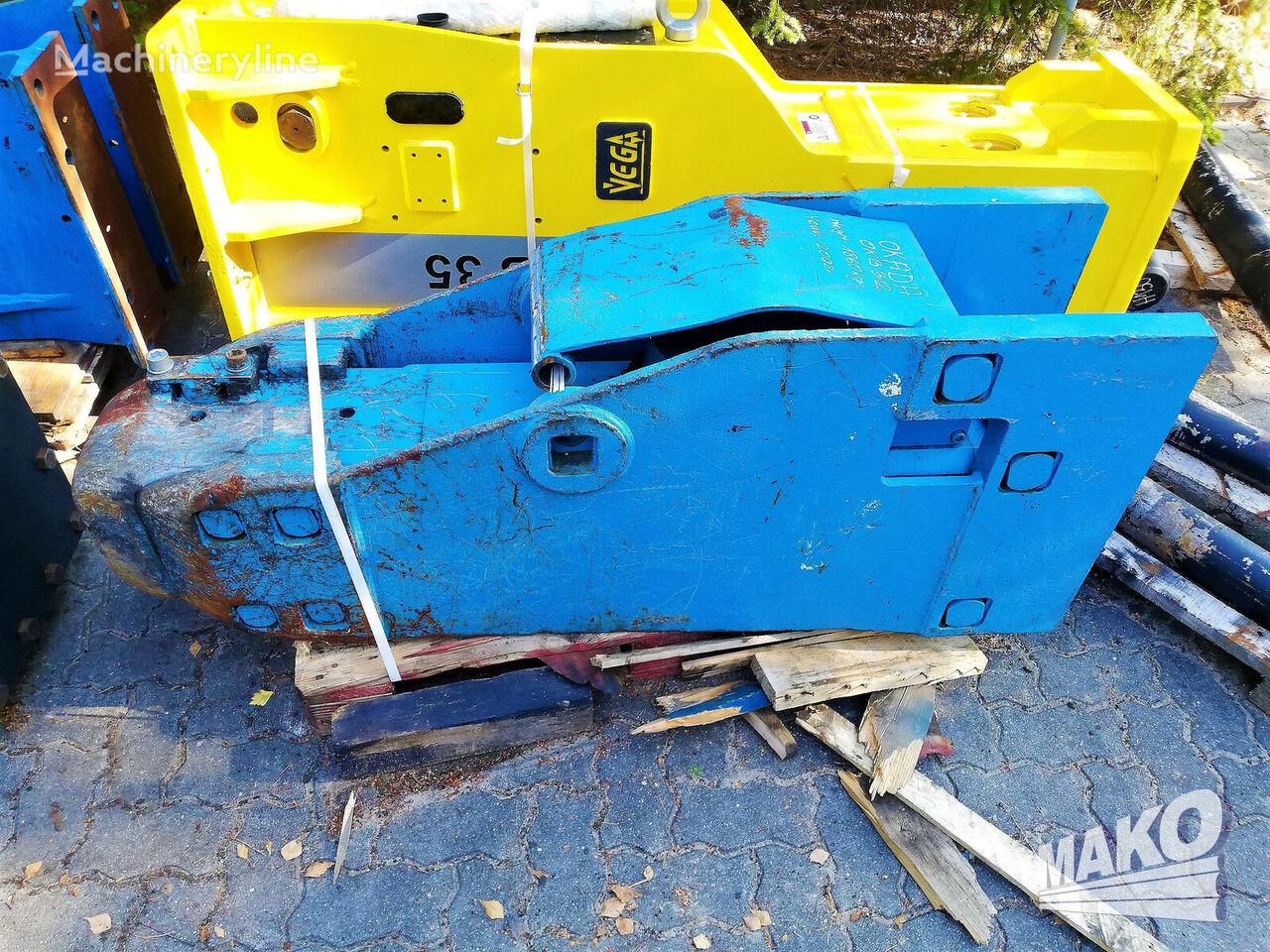 OKADA OKB 312 martillo hidráulico