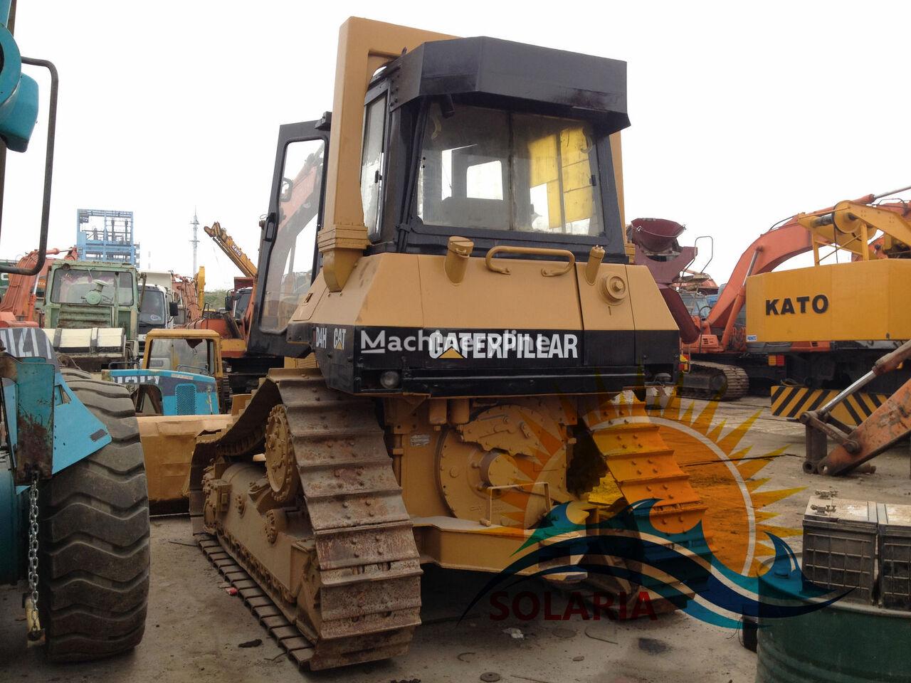 CATERPILLAR D4H bulldozer