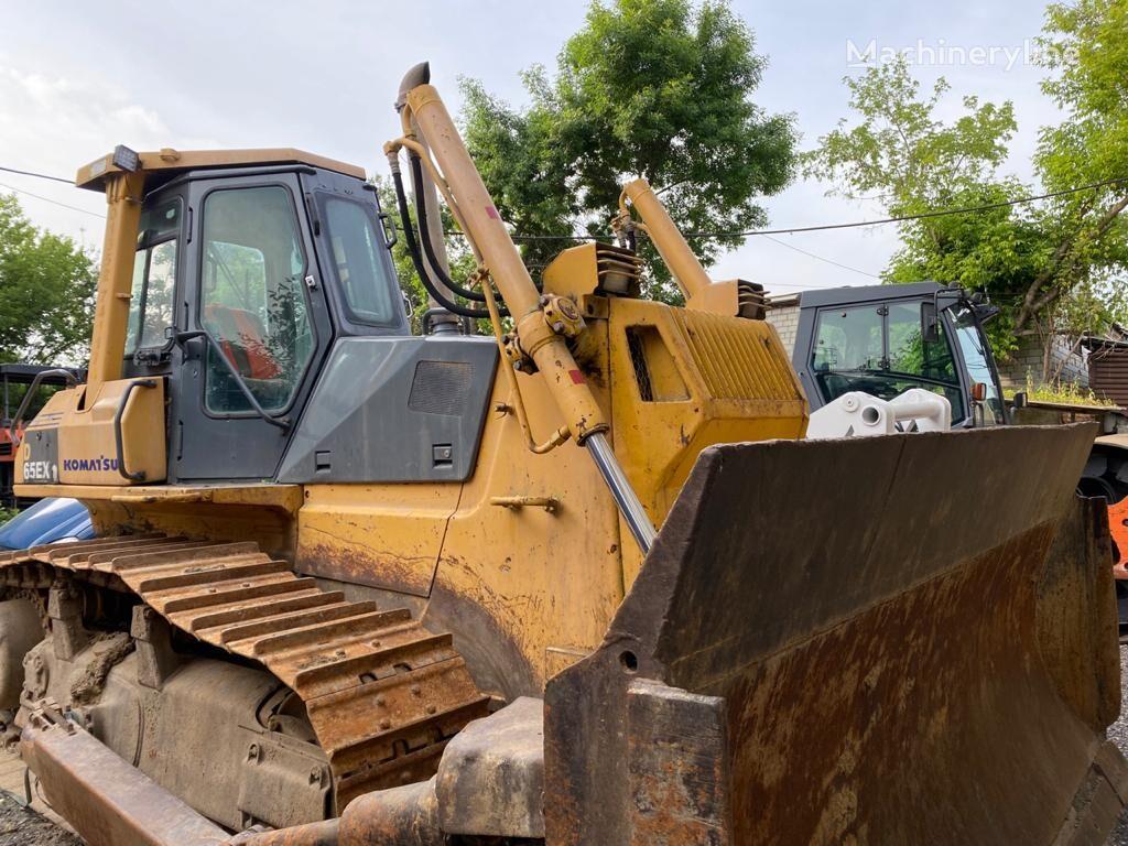 KOMATSU D65EX12 bulldozer