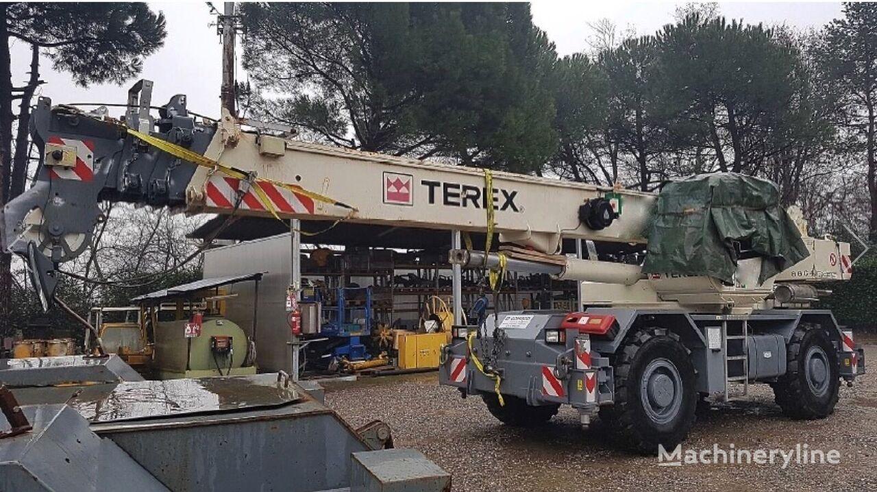 TEREX RC 35 grúa móvil siniestrada