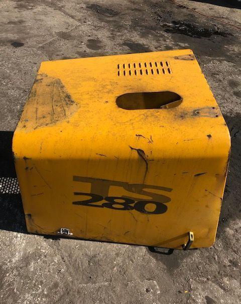 capó para MATBRO TS cargadora telescópica