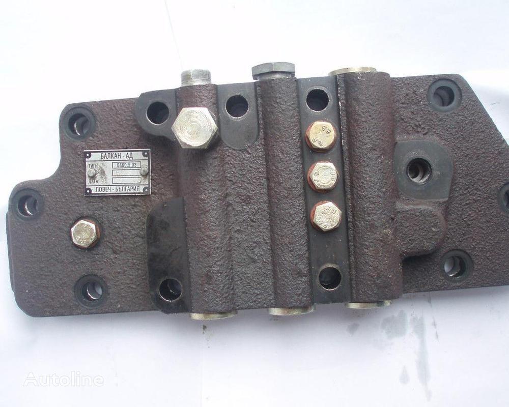 BALKANCAR RHTD-10 (GDP 6860) 5534 00.00 Bolgariya distribuidor hidráulico para BALKANCAR DV1788, DV1792 maquinaria de elevación y manutención