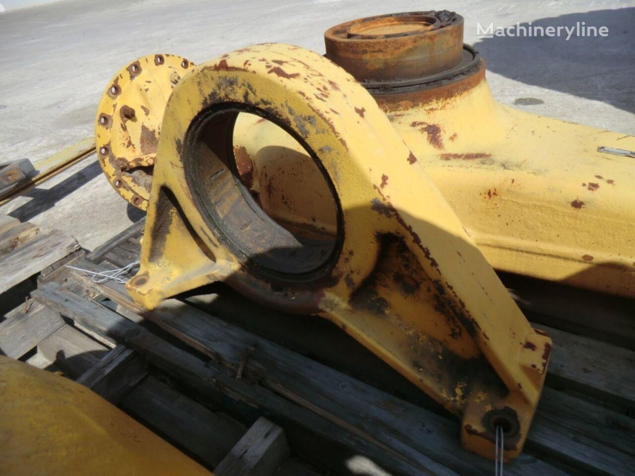 REAR AXLE MOUNTING 11757 (11020688) elementos de sujeción para VOLVO L120C  cargadora de ruedas